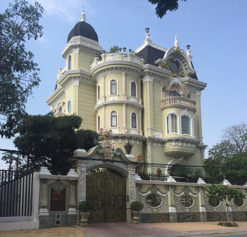 Thiết kế lâu đài tại Đà Nẵng